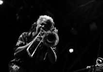08-Earth-Wind-Fire-Roma-20190703